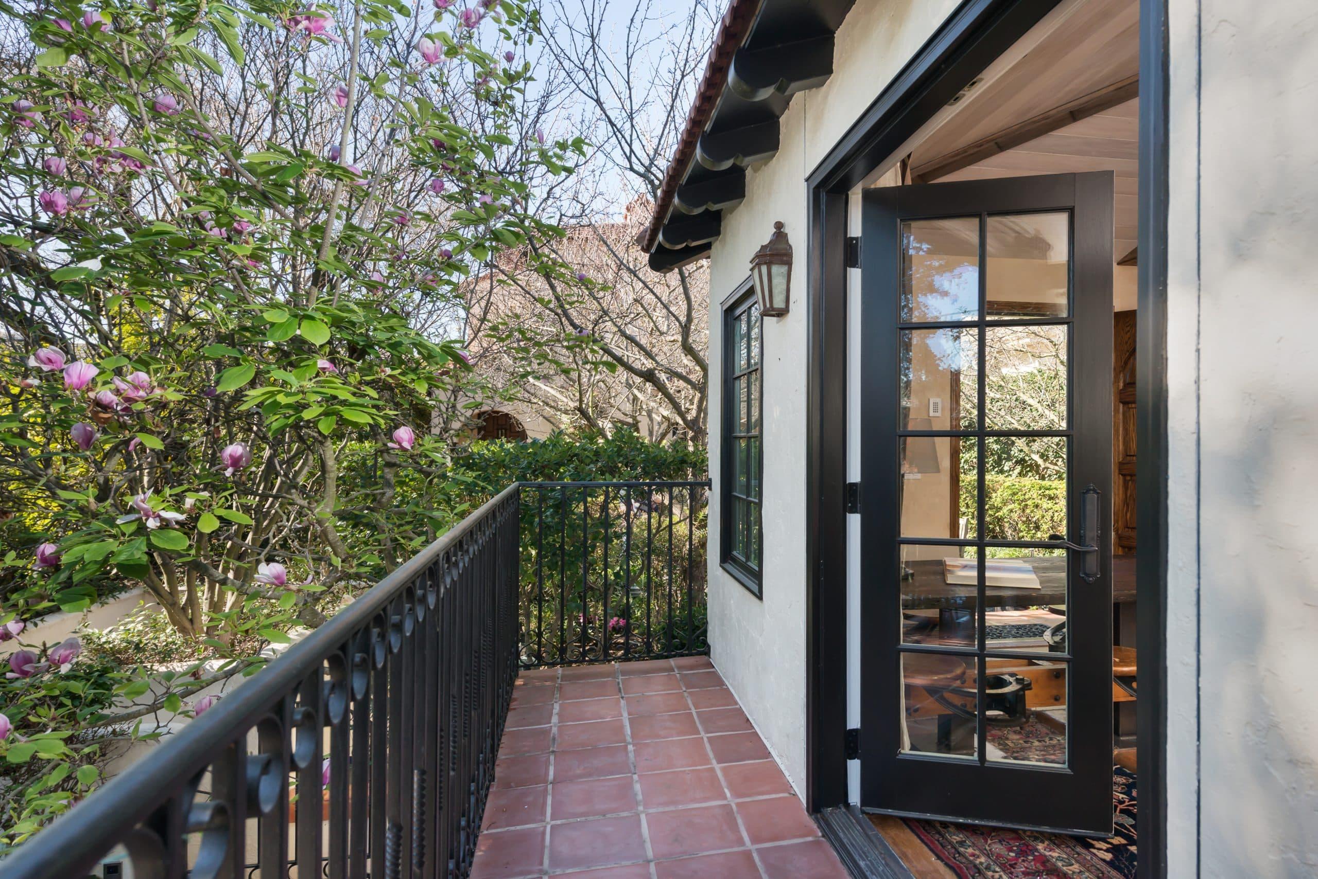 290 Scenic Avenue, Piedmont, CA Carriage House Photo 9